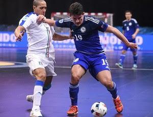 Douglas Júnior Cazaquistão futsal (Foto: Divulgação)