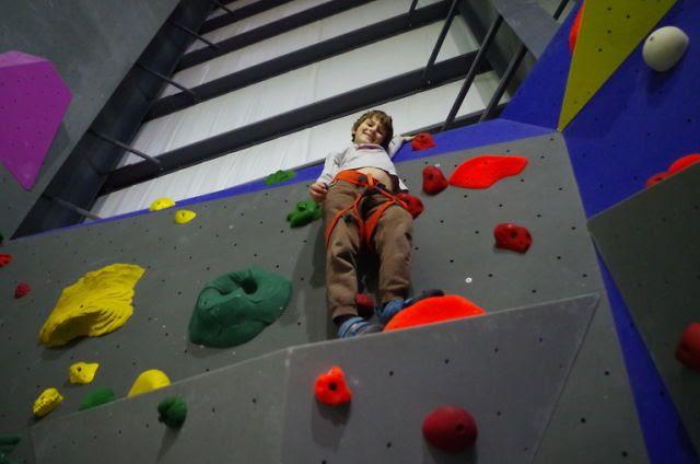 photo kff climbing2_zpsifsg4kzi.jpg