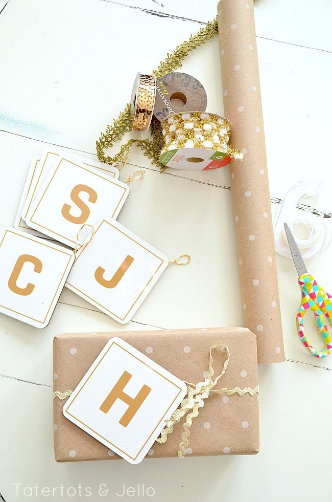 Ornament Initial Gift Tags {free printable} with Ric-Rac Ribbon Trim from Tatertots and Jello