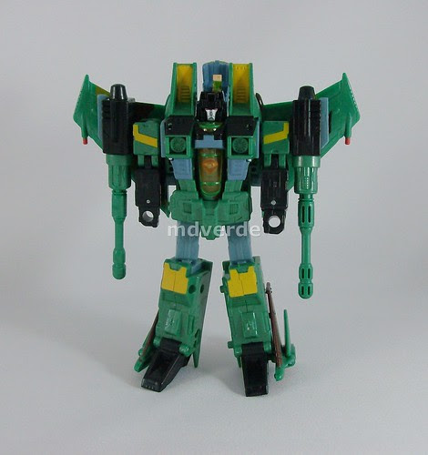 Transformers Acid Storm Universe Classics - modo robot (by mdverde)