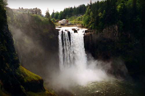 Archive: Snoqualmie Falls