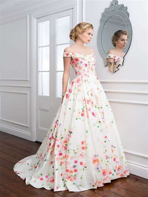 Gorgeous Wedding Gown Designs And Ideas   Easyday