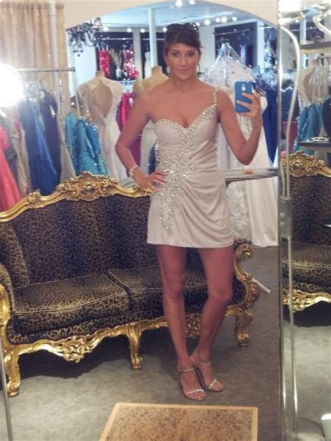 ARA: Is my dress too short to wear to a wedding?   Kristi