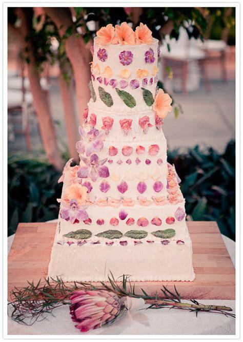 Wedding cake for 100 people   idea in 2017   Bella wedding