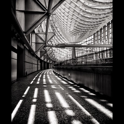 Tokyo International Forum by tk21hx