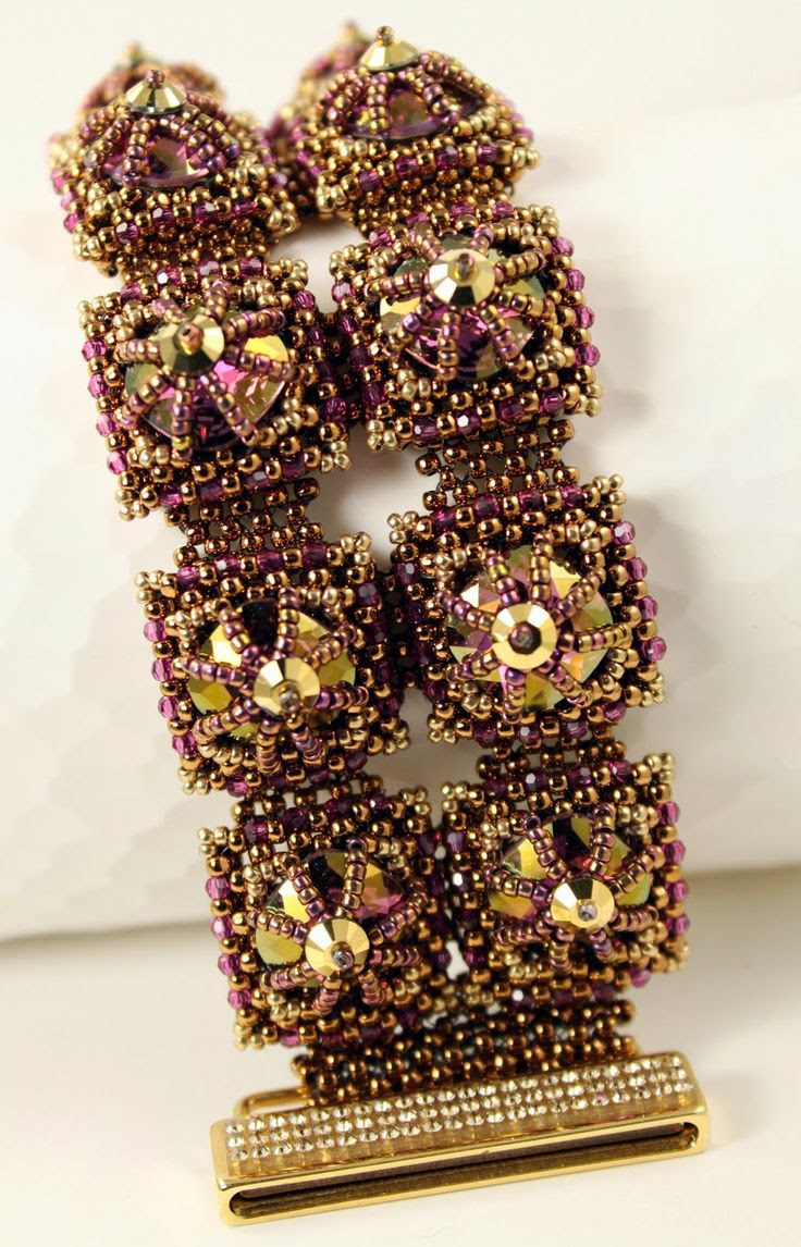 ~~MadDesigns beaded bracelet~~