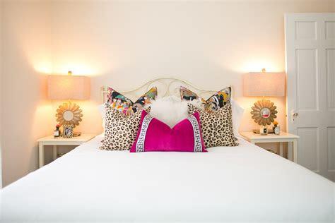 bedroom  chronicles  frivolity