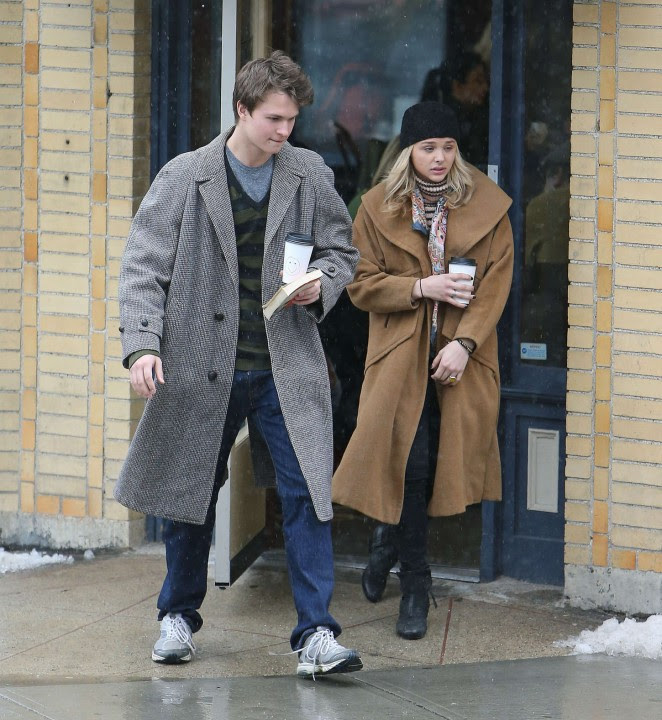 Chloe Moretz: Set of November Criminals -23