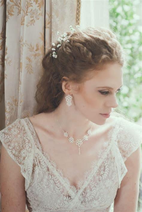 Vintage wedding dresses, and vintage inspired jewellery