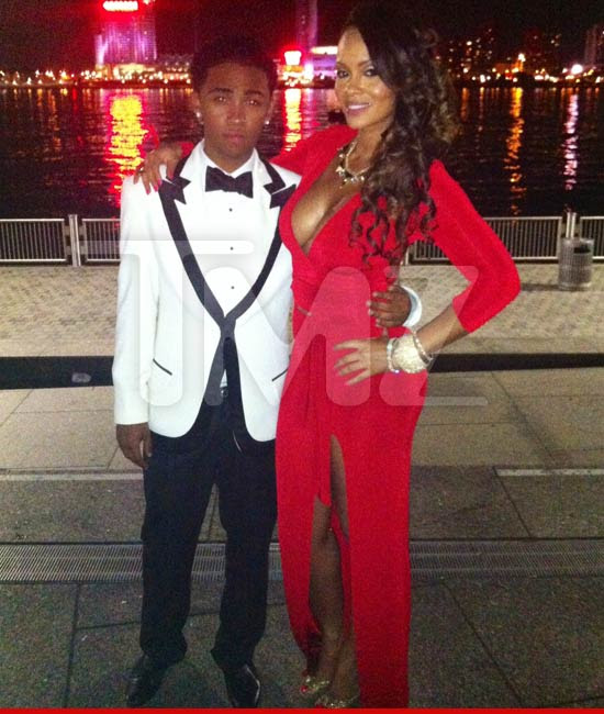 > Middle Aged Evelyn Lozada takes lil High School nigga to prom - Photo posted in Wild videos, news, and other media | Sign in and leave a comment below!