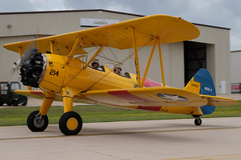 N2S-4 Kaydet / Stearman taxying out