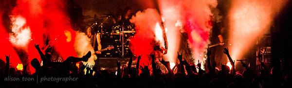 Amon Amarth and fans, Ace of Spades, Sacramento
