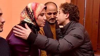 Nessuna casa per la famiglia marocchina scambiata al cinema per gruppo di terroristi