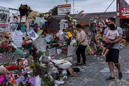 White Supremacist Who Admitted Christchurch Killings Will Represent Himself