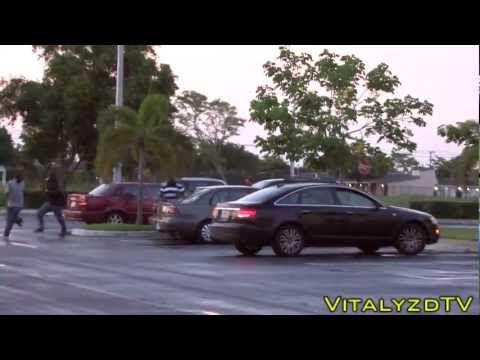 video que muestra aun hombre haciendose pasar por un zombie para asustar a la gente