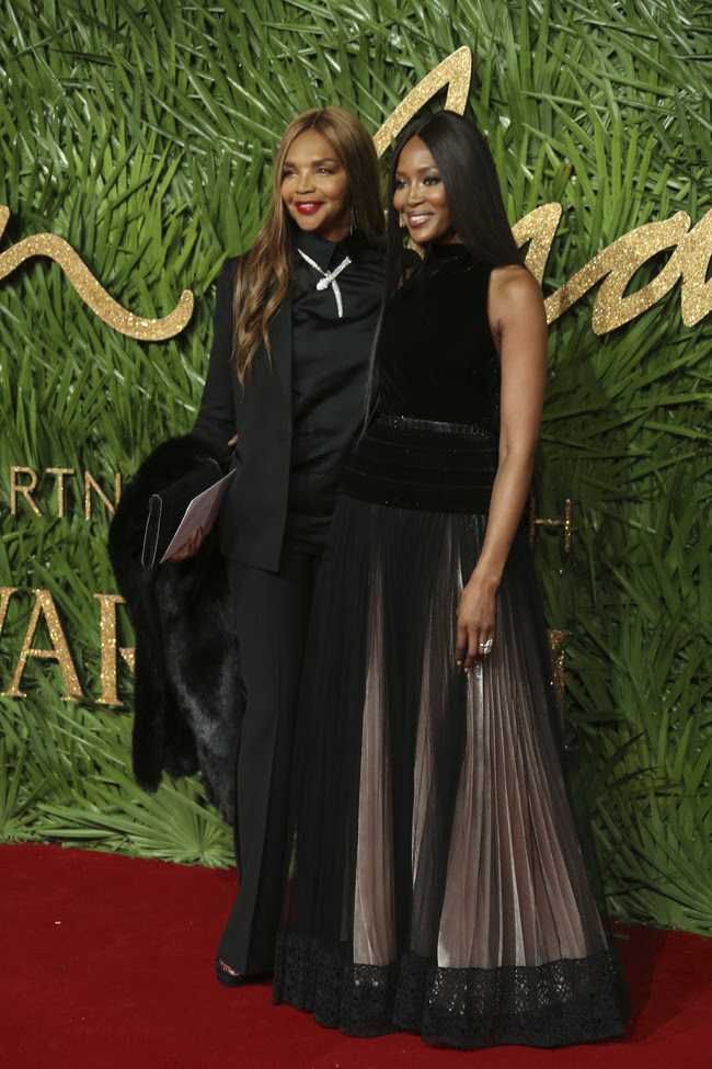 british fashion awards alfombra roja Naomi Campbell
