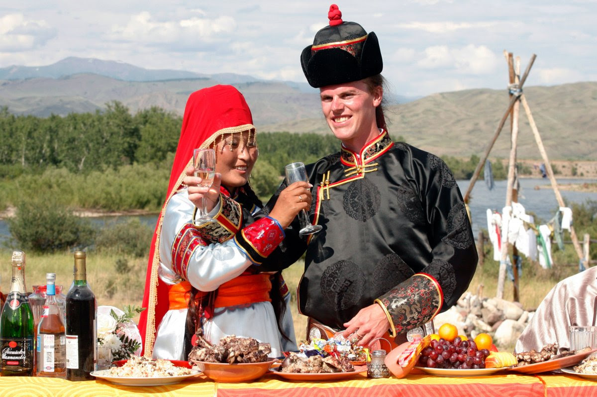 27 belas fotos de vestidos tradicionais de casamentos por todo o mundo 13