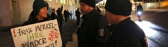 """14 dni na """"przywrócenie porządku na granicach"""". Premier Bawarii stawia Merkel ultimatum"""