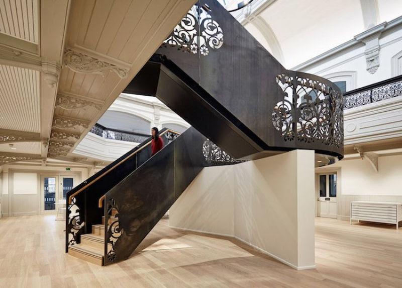 Escadas incrivelmente projetadas que estão um degrau acima das demais 29
