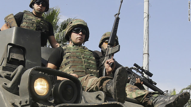 Lebanese army commandos deploy to Tripoli where clashes took place between Sunnis and Alawites on October 23, 2012.