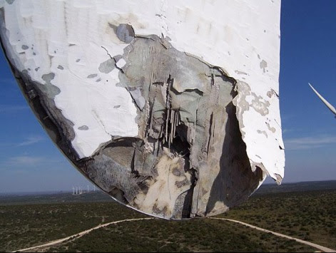 Dibujo20140220 lightning damaged wind turbines