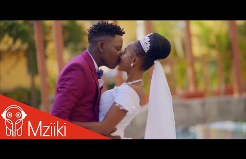 Download or Watch(Official Video) Linex sunday – Ayeye