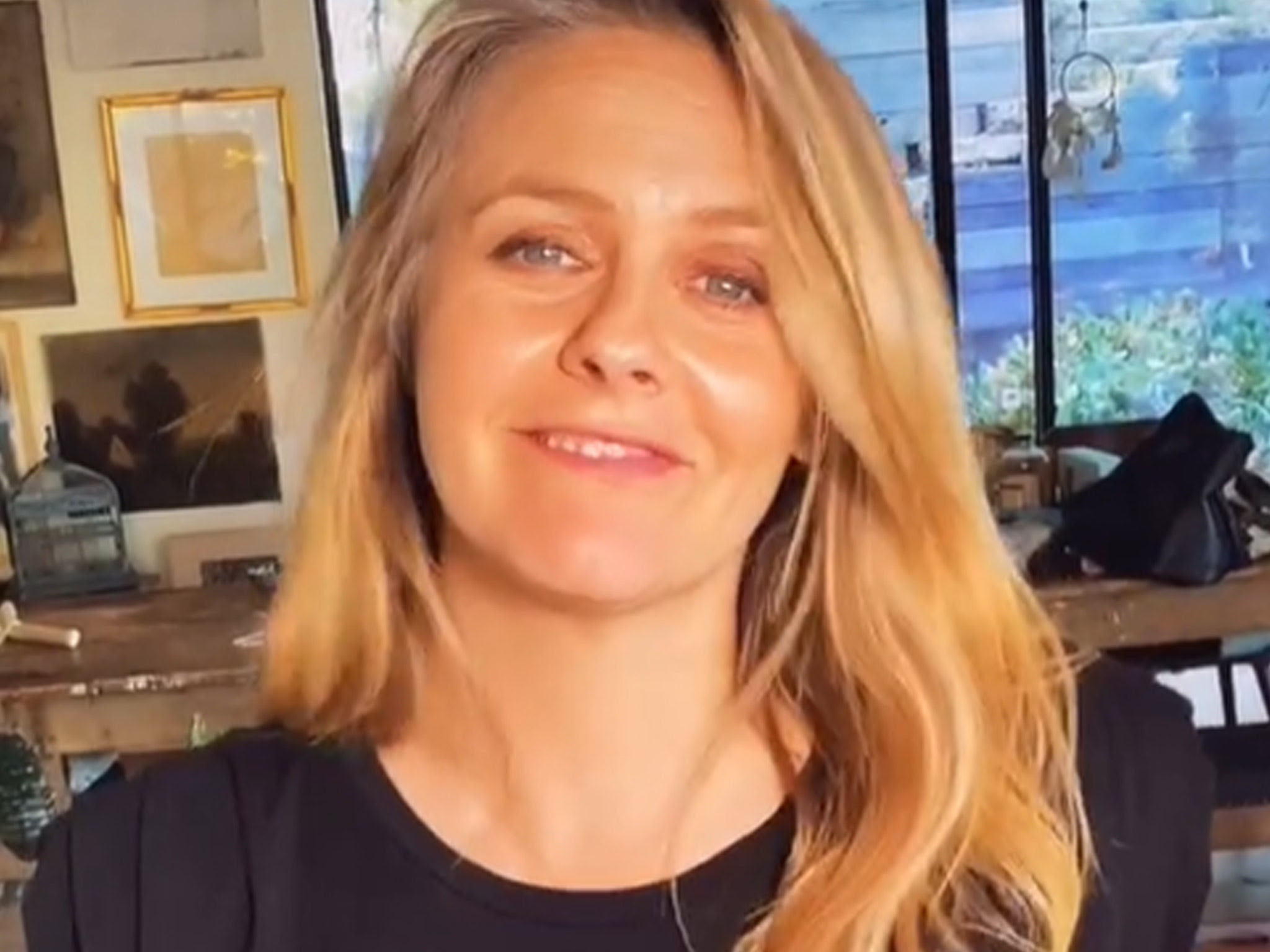 Alicia Silverstone Reveals We've Been Mispronouncing Her Name