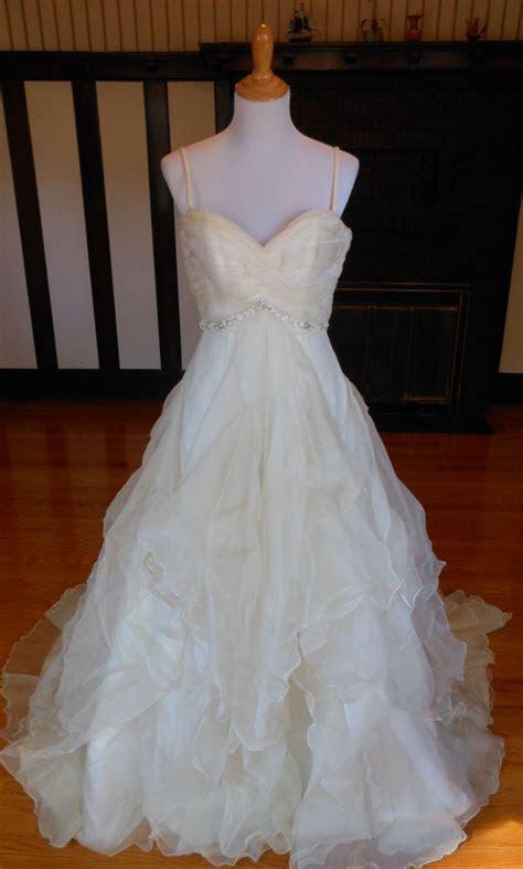 Anne Barge $199 Size: 8   Sample Wedding Dresses