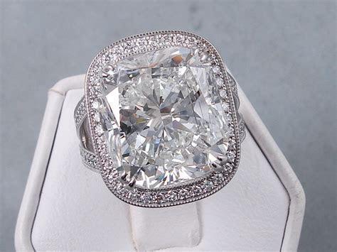 Largest Lab Grown Diamond in the World   16.14 Carat
