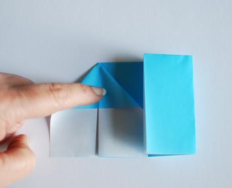 Как сделать домик из бумаги.