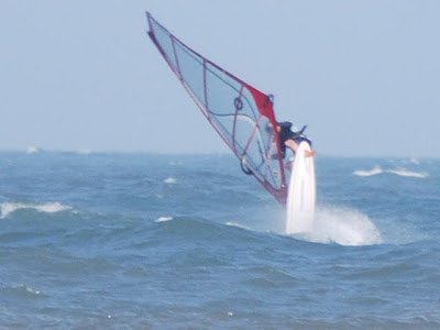 Ken Kellar with his first FWD loop during that looplicious session!!  photo:  Janis Markopoulos