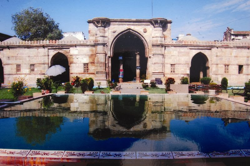 Ahmed Shah's mosque- Places to visit in Ahmedabad