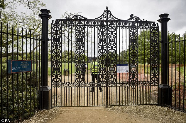 Police closed off Oxford University Parks as they narrowed down their hunt for Allen, who used to work as a groundsman