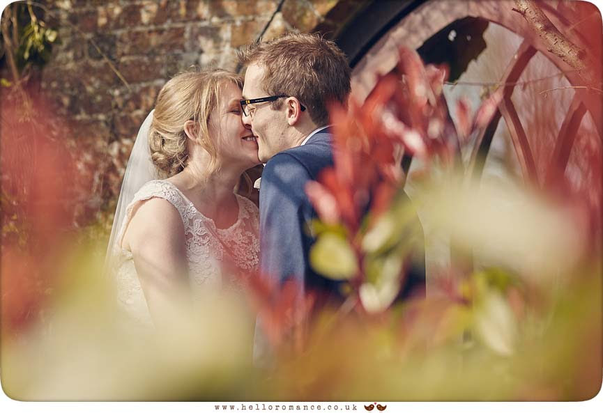 Cute intimate moment with bride and groom caught at Suffolk wedding - www.helloromance.co.uk