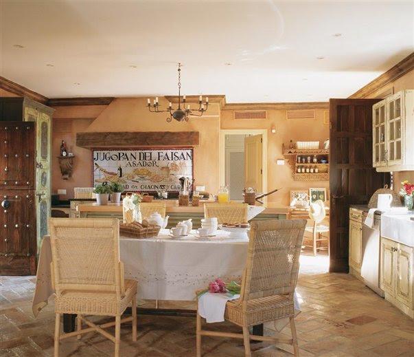 Cocina rústica abierta al salón