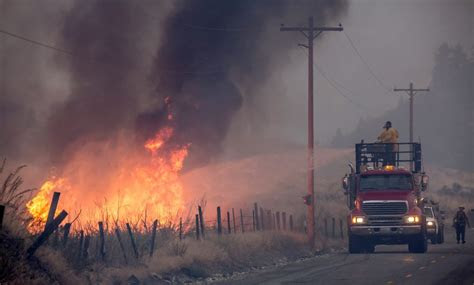 washington state wildfire destroys sensitive habitat
