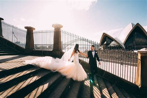 What's the average cost of a wedding photographer   Easy