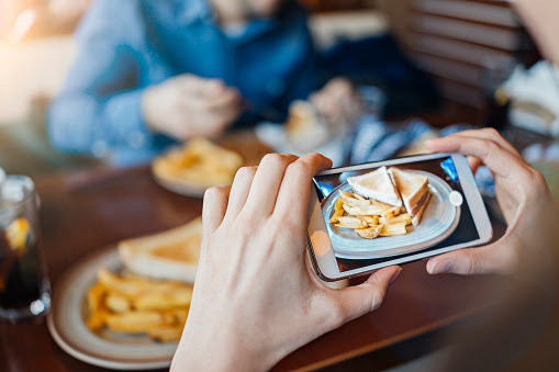 Im2Calorie, aplikasi hitung kalori Google dari foto makanan di Instagram