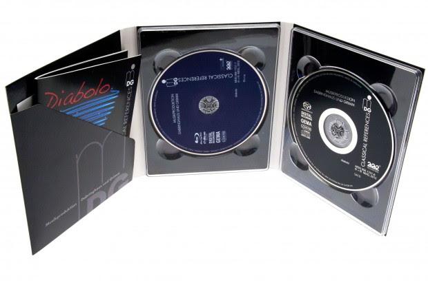 Blu-ray Pure Audio und Super Audio CD in einer Packung. (Foto: Nina Sebayang/Golem.de)