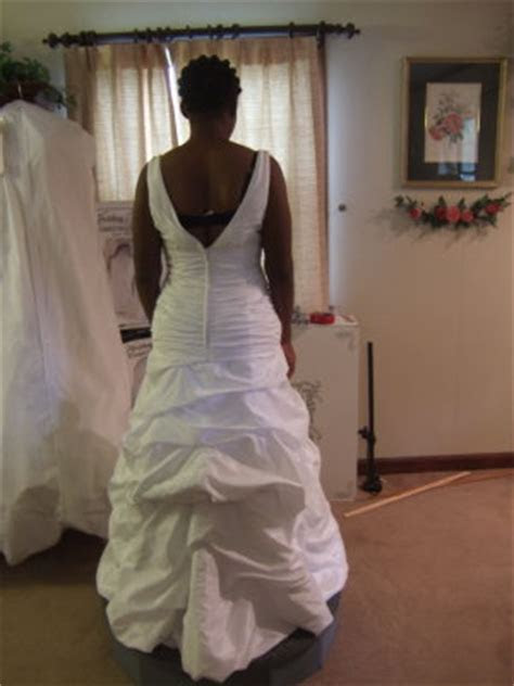 Tips For Buying Plus Size Wedding Gowns