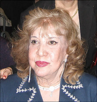 Iranian poet Simin Behbahani uses strictly traditional forms to express progressive ideas.
