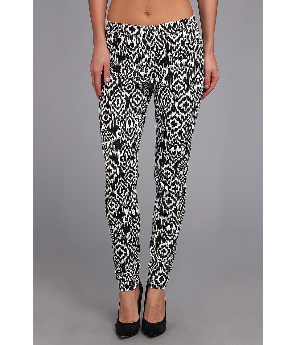 Christin Michaels - Comfort Waist Stretch Ikat Jean (Black\/White) Women's Casual Pants