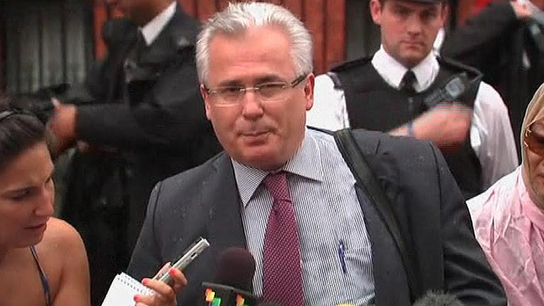 Comparecencia íntegra de Garzón sobre Assange en la embajada de Ecuador en Londres