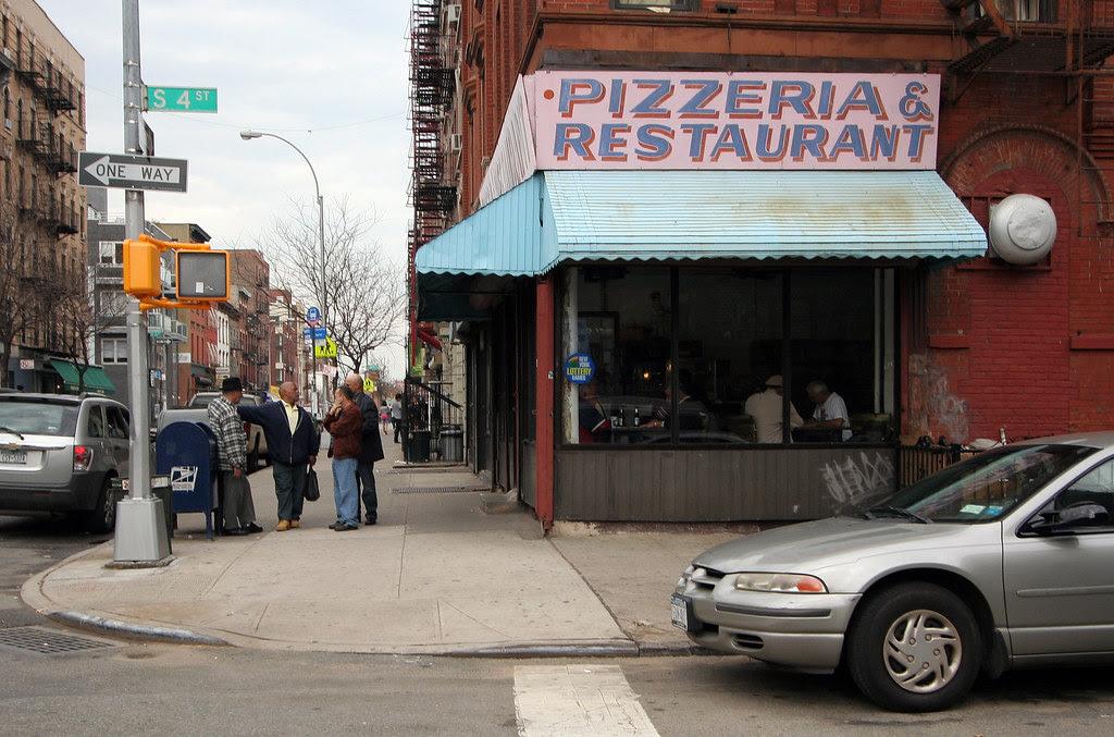 South 4th corner pizza