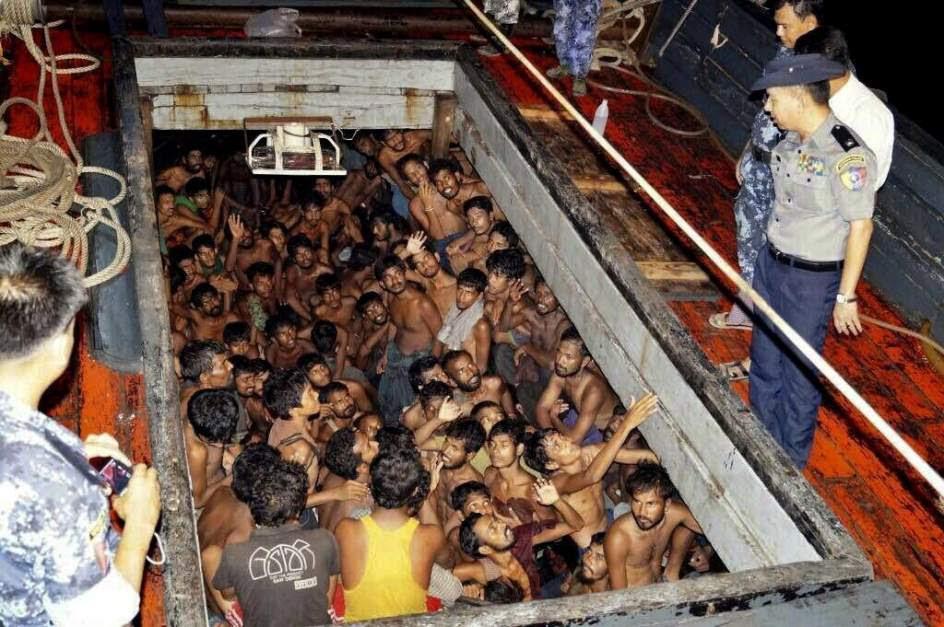 Rescatan a 219 inmigrantes en Birmania