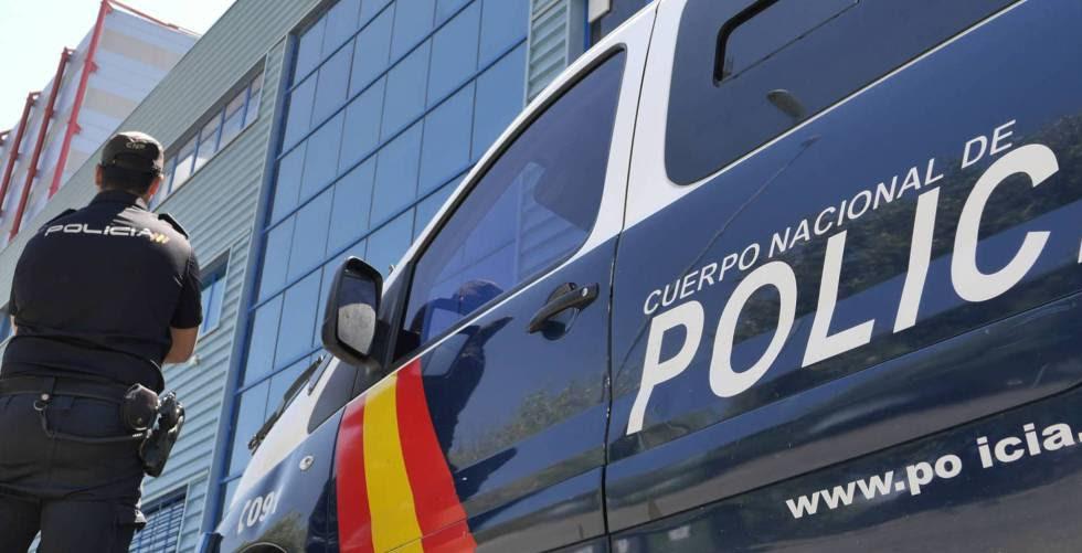 Una furgoneta de la policía, en una imagen de archivo.