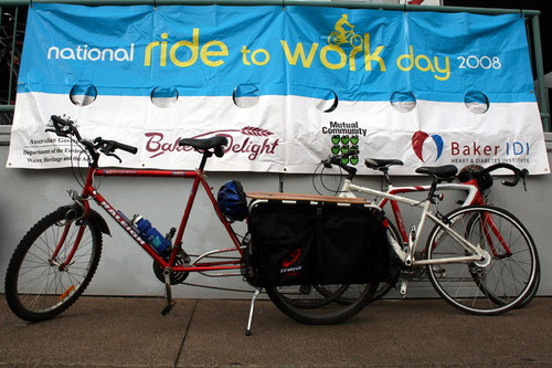 Xtracycle rides to work