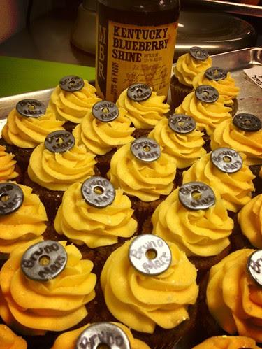 Bruno Mars' Moonshine cupcakes!