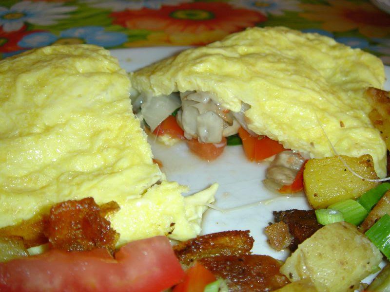 SMUTS Omelet interior
