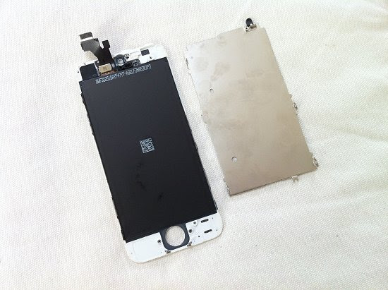 iPhone 5 disassembly stage 20